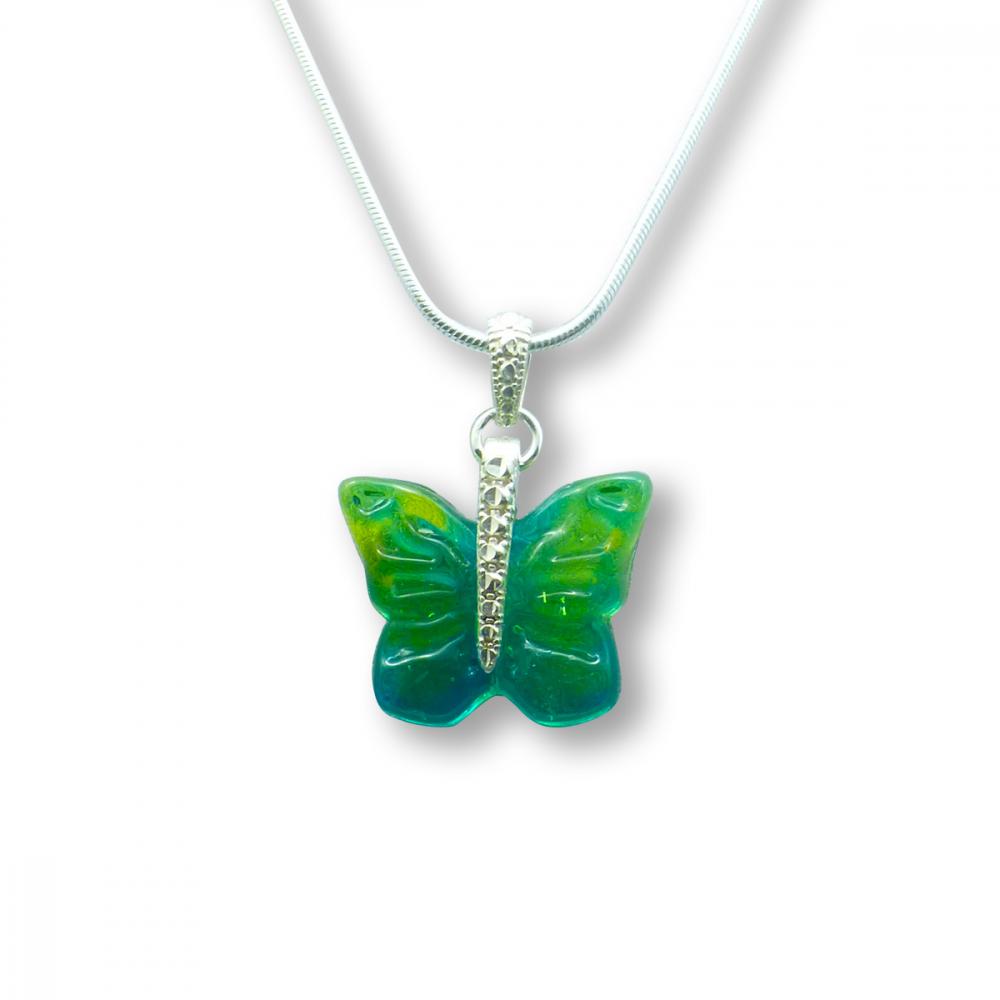 Murano Glass Butterfly Pendant – Farfalle Verde Photo